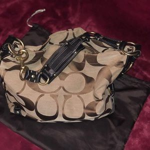 Large Coach Hobo Like New condition